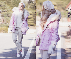 Olga Choi - Romwe Rose Parka, K Swiss Sneakers - Rose quartz