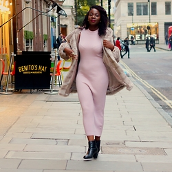 Odette Akoache - Missguided Knitted Maxi Dress, London Rebel Ankle Boots - Pinks n Nudes