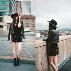 Kacie Cone - Reformation The Cindy Dress, Free People Cecile Ankle Boot, Free People Cropped Vegan Moto Jacket - Rooftops