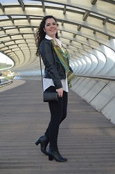 Ana García - Lefties Jacket, Dad's Shirt, Primark Jeans, Lefties Boots, H&M Hangbag, I Dont Know Scarf - Casual chic