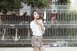 Romina Paola Estrada - Shasa Animal Print Shorts, Cyzone White Blouse - LOVE FOR ANIMAL PRINT!