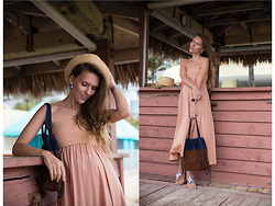 Zaichkina Lusia - Eres Dress, Miu Bag - Beige, beach and beyond