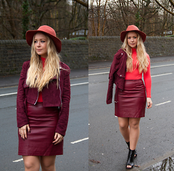 Emma Reay - Primark Red Wool Fedora, Boohoo Burgundy Suede Jacket, H&M Oxblood Skirt, Vintage Red Turtle Neck Body, H&M Black Open Toe Boots - Shades Of Red