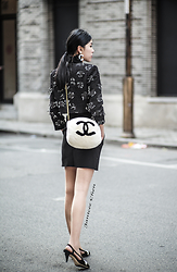 Janicee Chen - Vintage Chanel Earrings, Chanel 15ss Jacket, Vintage Chanel Bag, Chanel 15aw Heels - Valentine's Look