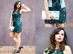 Joyce Nunes - Memove Leaf Print Dress, Melissa Flox High Sandal, Topshop Holographic Clutch, Ray Ban Green Mirrored Round Sunglasses - Holo Jungle