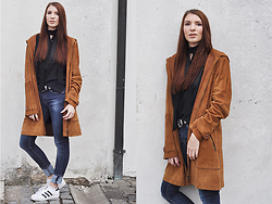 Alex Schott - Adidas Shoes, Zara Jeans, Edited The Label Blouse, Asos Belt - CAMEL SUEDE COAT & CHOKER SCARF
