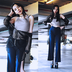 Valerie Samantha - Nikicio Navy Blue Half Pants, Forever21 Knit Top, Newdress Loose Long Sleeves Cardigan, Stiggyshop Zig Zag Choker, Yru Dream Mesh - I See You