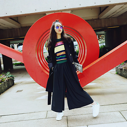 Shelly LIU - H&M Sweater, Adidas Shoes, Balmain Bag, Fendi Sunglasses - PLAY WITH COLORS