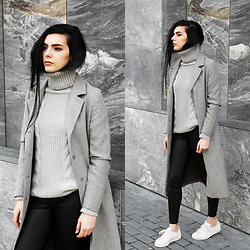 CLAUDIA Holynights - Sheinside Turtle Neck Chunky Knit Sweater, Sheinside Leather Look Leggings - Black, grey and white