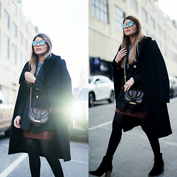 Pam Hetlinger - Reiss Blazer, Christian Dior Sunglasses - NYFW Day 1