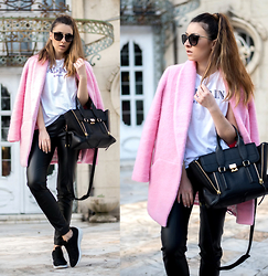 LAURA Charaba - Coat - The pink coat