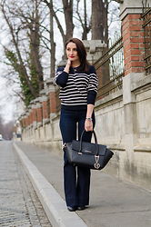 Cristina Feather - H&M Sweater, Mango Jeans, Trussardi Bag - My Trussardi Bag