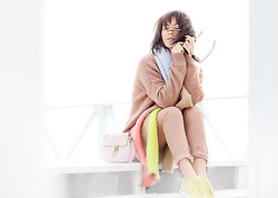 Galant-Girl Ellena - New Balance Trainers, Chloé Cross Body Bag, Asos Fluffy Scarf - Gone Nude.