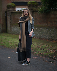 Lauren Wilson - Zara Scarf, Mango Blazer, Miss Selfridge Top, Asos Jeans, Office Brogues - Dogtooth