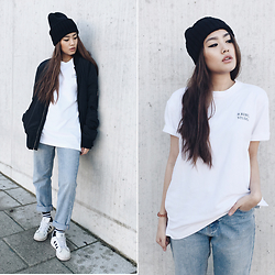 Thao Nhi Le - Monki Beanie, Brebel Clothing Tee, Adidas Superstars - Casual.