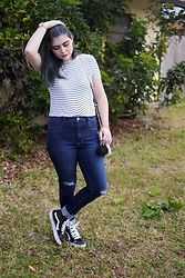 Skye V - Forever 21 Striped Top, American Eagle Outfitters High Waisted Jeans, Vans Sk8 Hi - Electric Teal