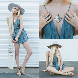 Sarah Loven - Mura Boutique Turquoise Romper, Lack Of Color Wide Brim Grey Hat, Freebird Boots Nude Strappy Sandals, Of Native Silver Necklace, Midsummer Star Silver Stacking Rings, Andi Bagus White Crochet Fringe Bag - Irresistible Locks
