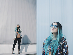 Ayumi Ajax - Zara Denim Jacket, Zara Leather Bag, H&M Navy Pants, Mango Snake Boots, Zerouv Sunglasses, Pull & Bear Sweater - BLUE DREAM
