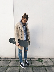 Richy Koll - Vans Sneakers, Nike Socks, Cheap Monday Jeans, Saltwater Tee, H&M Sweater, H&M Coat - Skaterboy #1