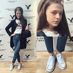 Mila Kuryina - Forever 21 Bag, Forever 21 Jeans, Converse Sneakers, American Eagle Outfitters Tattoo - Kansai collection time