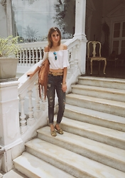 Giuliana ♡ - Express Boyfriend Jeans, Toms Shoes, Cartier Love Bangle, Kate Spade Bracelet, Oh Zsa Boho Top, Ray Ban Aviators, Suite Blanco Fringe Bag - White Stairs