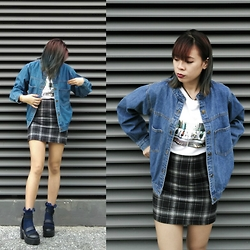D R E A - Vexed Denim Bomber Jacket, H&M Wrecked Printed Tee, Cotton On Navy Ruffle Socks - Denim Bomber