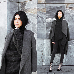 CLAUDIA Holynights - Zara Coat, Sheinside Jeans - Dark Grey Shade