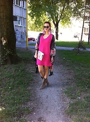 Ena Hadziibrisevic - Zara Dress, Primark Cardigan - I love pink <3