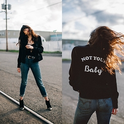 Kacie Cone - Reformation Not Your Baby Jacket, Levi's® Levi's Wedige Fit - Not Your Baby