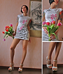 Jane V.I. - White Heel Sandals, Qipao Dress - Spring in the Chinese style
