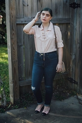Skye V - Calvin Klein Blush Blouse, American Eagle Outfitters High Waisted Jeans, Chanel Ballet Flats - Rose Gold