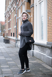 Rowan Reiding - Hope Grand Sweater Heavy Knit Turtleneck Jumper, Nike Kaishi Sneakers, Only Black Skinny Jeans, Love Moschino Quilted Chain Monogram Bag - THERE'S ALWAYS HOPE