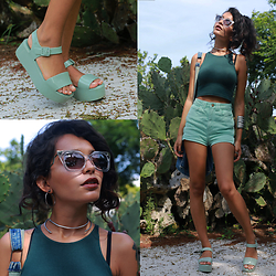 Alana Ruas - Zero Uv Sunglasses, Melissa Sandals, Julia Alencar Choker - GREEN DAY