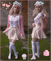 Magical Jillian - Rongi Shop Pastel Goth Cat Pixel Art, Rongi Shop Cute Wings Broche, Bodyline Cute Mint Bow - Sweet Girl