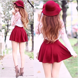 Alisa Sia -  - Cherry Red Hat