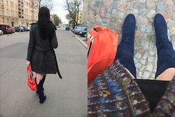 Caliope - Moods Of Norway Boucle Coat, Bree Orange Bag, Kmb Suede Overknee Boots - Blue Overknees & Orange