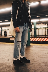 Richy Koll - Dr. Martens Oxfords, Nike Socks, H&M Jeans, Tommy Hilfiger Sweater, Tigha Leather Jacket -