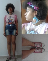 Barbara Maria - Chico Rei/ Debauxe Custom Croped Shirt, Vintage Belt, Second Hand Custom Shorts, Converse All Star, Barbie Earrings, Lolitax Heart Choker - There's nothing else that can compare with my hair