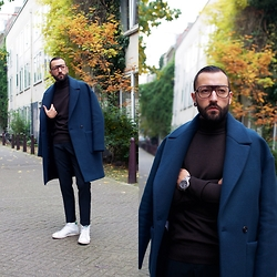 David Fernandez - Cutler And Gross Glasses, Zara Coat, Zara Turtleneck, Zara Pants, Adidas Sneakers, Alfex Watch - NEIGHBORHOOH