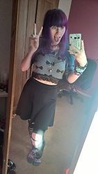 Koala Pyrolust - H&M Bow Crop Top, Boohoo Skater Skirt, Boohoo Slashed Jersey Leggings, Killstar Bast Head Necklace, Pixiestixx Gemstone Bracelets - Bows are cute, kay!