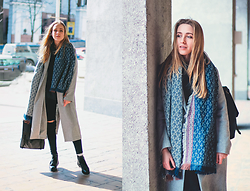 Anna Pogribnyak - Romwe Scarf, Romwe Coat, Romwe Sweater, Shore Projects Watch, Style Moi Jeans - Looking for spring | Заглядывайте на мой Youtube канал ;)