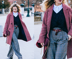 Margarita Maslova - Promod Marsala Coat, Zara Pants, Tod's Shoes, Massimo Dutti Belt, Bershka Marsala Bag - MBFWRussia Day 3