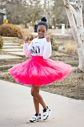 Monet Rhoden - Ella Patro Tulle Skirt, Forever 21 Sweater - GONA With the Wind www.shebebutfierce.com