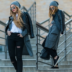 Marta Caban - Zerouv Glasses, Modekungen Jacket, H&M Trousers, Pavement Shoes - SWEATHER WEATHER