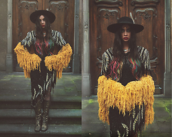Muzzy Stardust - The Lovers And Drifters Club Shag Jacket, Catarzi Hat, Vintage Boots, Vintage Sequin Dress - Smokestack Lightning ⚡