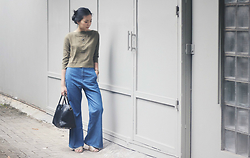Diana Netaneel Caitilin - Zara Ochra Top, Uniqlo Bell Bottom Pants, H&M Necklaces, Dkny Gold Watches - SEVENTIES VIBES