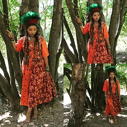 HippKhoi - Thrift Store Vintage Dress, Hippkhoi Armbands - Vintage forest