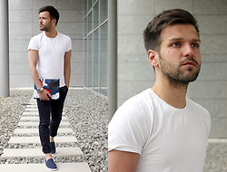Marc Galobardes - Herschel Clutch, Rivieras Shoes, Zara White T Shirt - HEY MICKEY