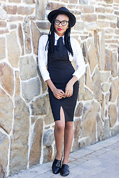 Onyinye Ibeagi - Sheinside Black Fedora, Romwe Plaid Shirt, New Look Black Pinafore, Black Flats - Work Style Pinafore Dress Outfit