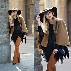 Louise Xin - Zara Mohair Cape, Bik Bok Black Shirt, Lindex Suede Flare Pants, H&M Fringed Bag - 70's flare